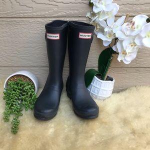 Hunter 🔴Rain boots big kids Sz 4
